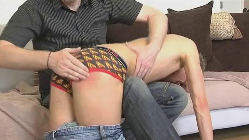 Skinny gay dude gets bent cede mature hunks knee and spanked