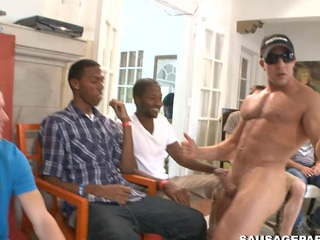 Truly gorgeous blowjob for a sexy looking waxen man, take a closer look
